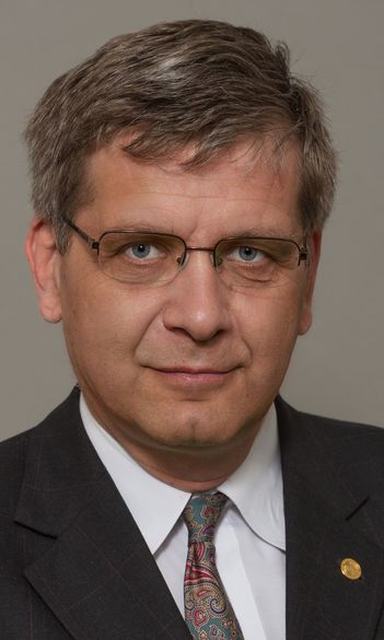 Péter G. Szalay